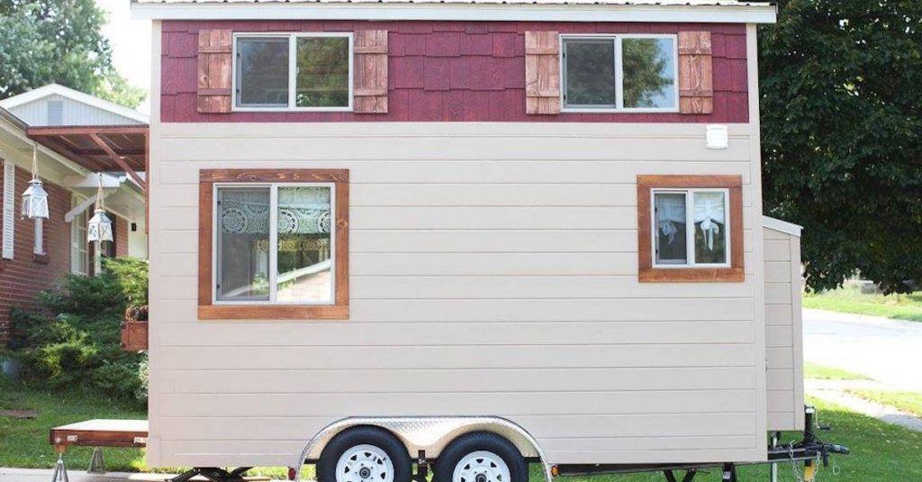 d couvrez cette petite maison mobile la d coration surprenante. Black Bedroom Furniture Sets. Home Design Ideas