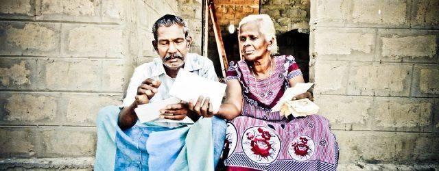 Les grands-parents ne meurent jamais, ils deviennent invisibles et dorment pour toujours au plus profond de notre cœur. Encore aujourd'hui, ils nous manquent et nous donnerions