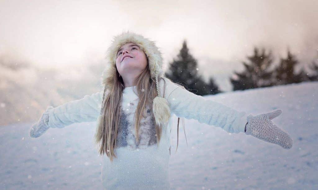 « La joie est une énergie extraordinaire lorsque vous vous en servez de la plus belle des façons. Prenez conscience que cette joie s'oppose totalement aux énergies de peur et à toutes les énergies inférieures.